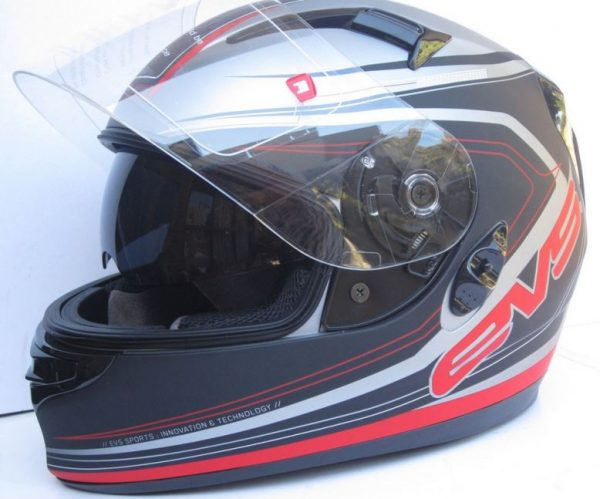 EVS CYPHER Motorcycle helmet with SUNVISOR Red - image 2-600x499 on https://www.bargainbikebits.com.au