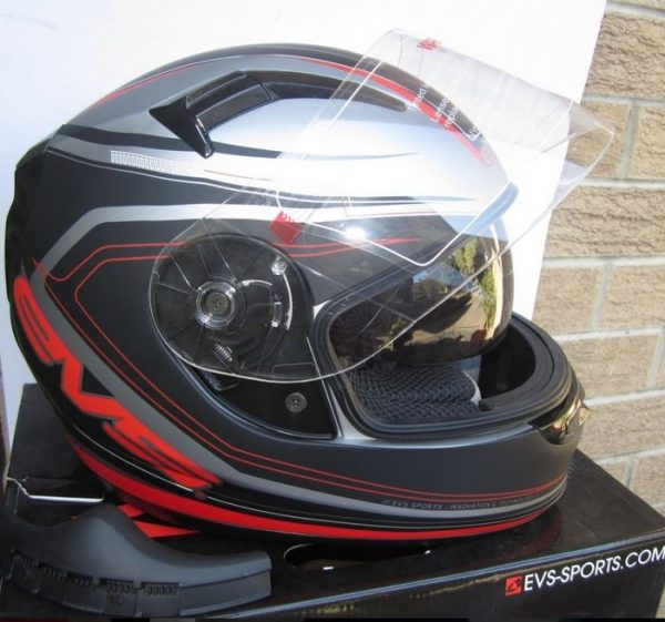 EVS CYPHER Motorcycle helmet with SUNVISOR Red - image 3-600x561 on https://www.bargainbikebits.com.au