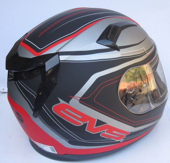 Motorcycle helmet with SUNVISOR Red